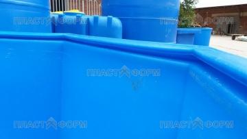 бассейн из пластика бесшовный